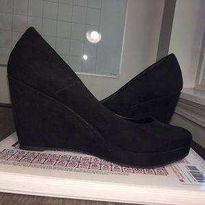 Size 7.5 women's wedge heels